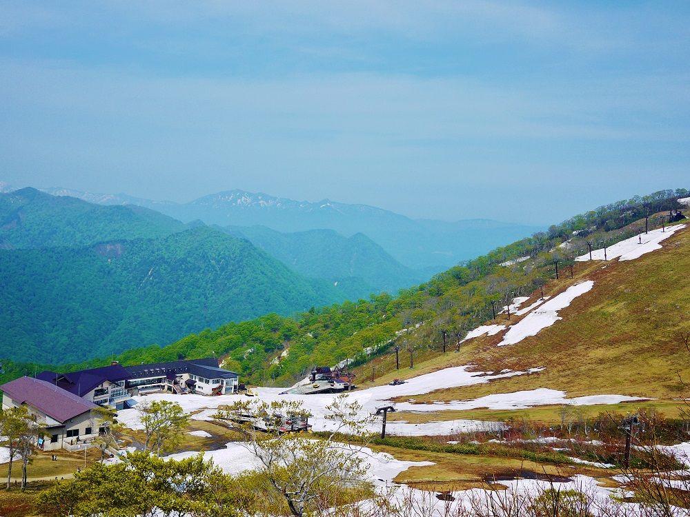 「天神峠ペアリフト」からの風景も美しい!