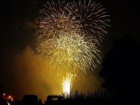 札幌の夜空を彩る「豊平川 花火大会」オススメ鑑賞スポット