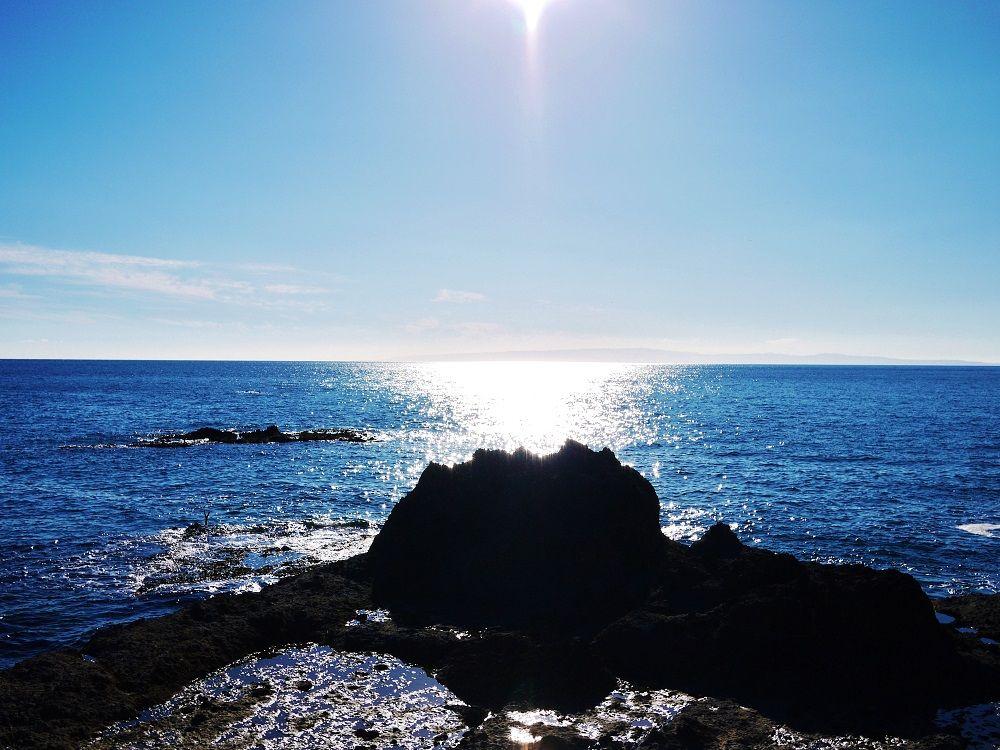 日本海の向こうに奥尻島の展望!奇石が続く長磯海岸をドライブ
