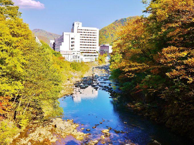「二見吊橋」から眺める定山渓温泉街も必見です!