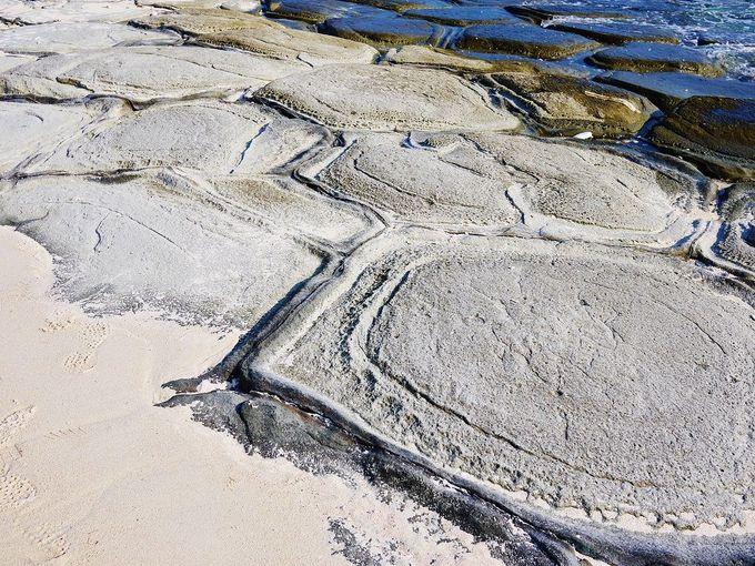 3.奥武島の畳石