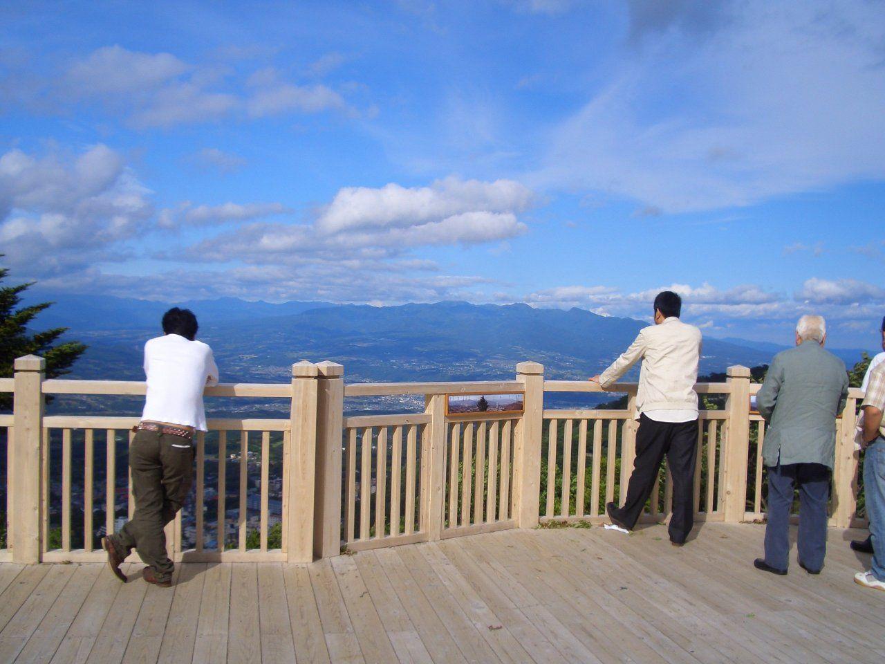 絶景を楽しみたいなら「高根展望台」からの展望もオススメ!