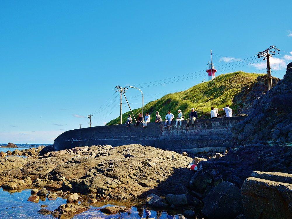 ビュースポット「金田岬」で食後のひとやすみ