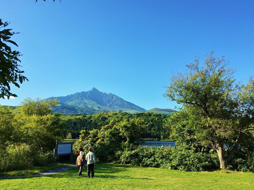 利尻島で一番大きな、沼浦湿原の「オタトマリ沼」
