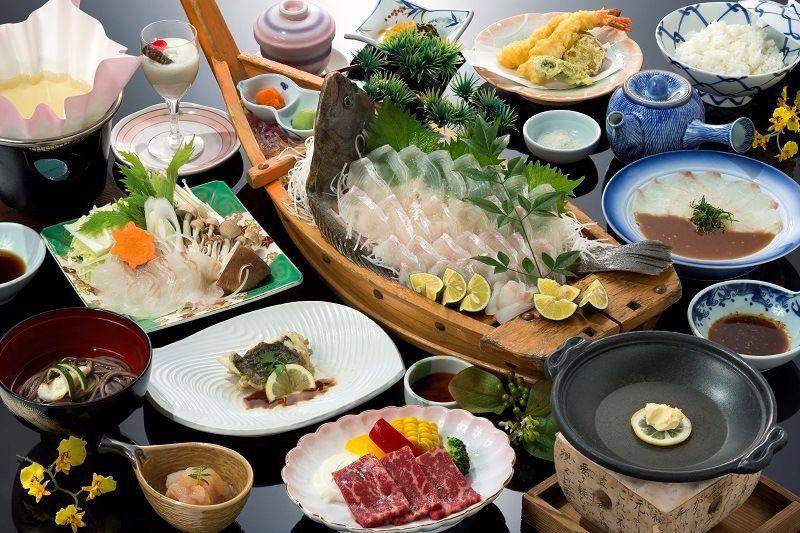 夕食は五感で味わう平戸の新鮮な海の幸