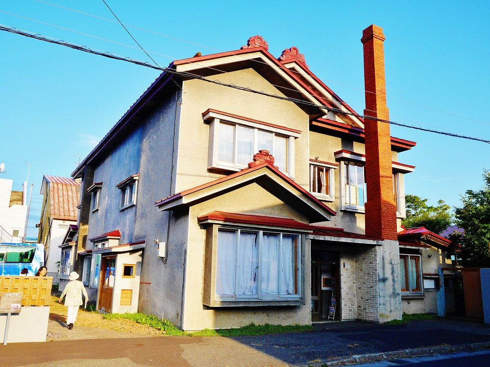 稚内を代表する建築物「北防波堤ドーム」と「旧瀬戸邸」