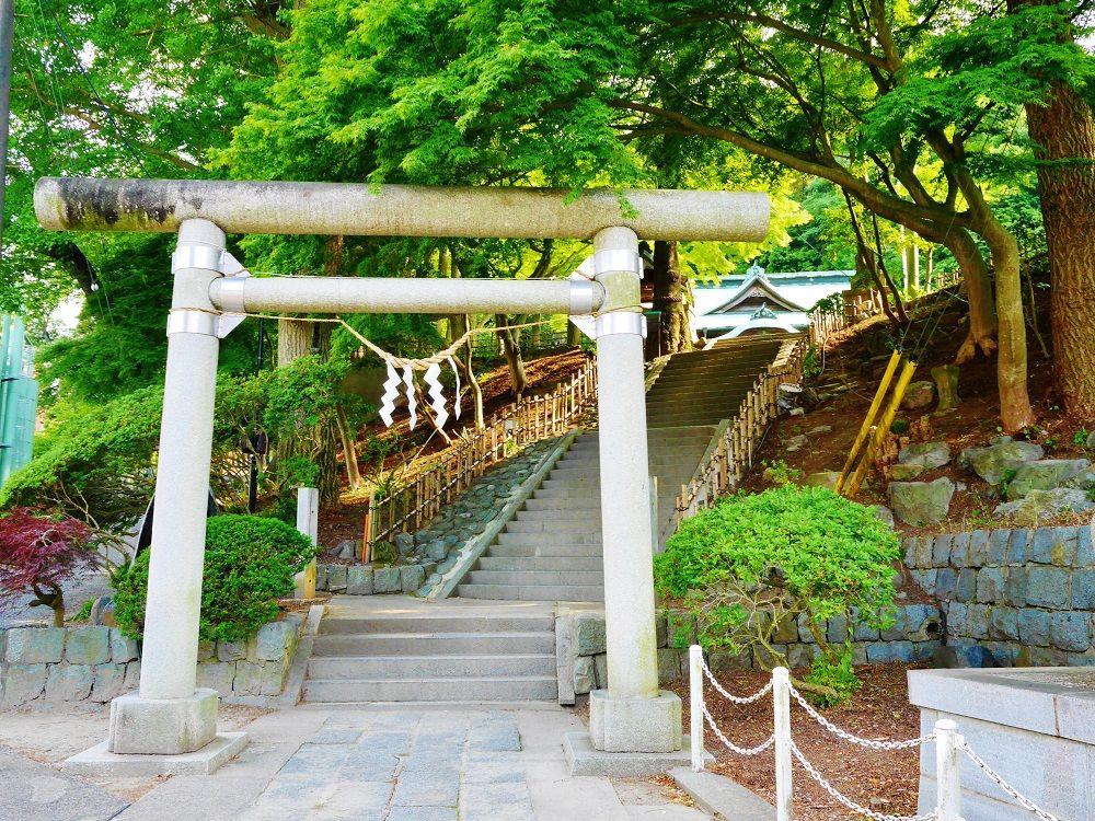 3.温泉神社
