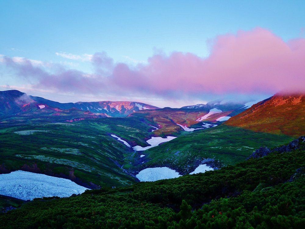 下山時は変わりゆく空と大地の色を楽しもう!
