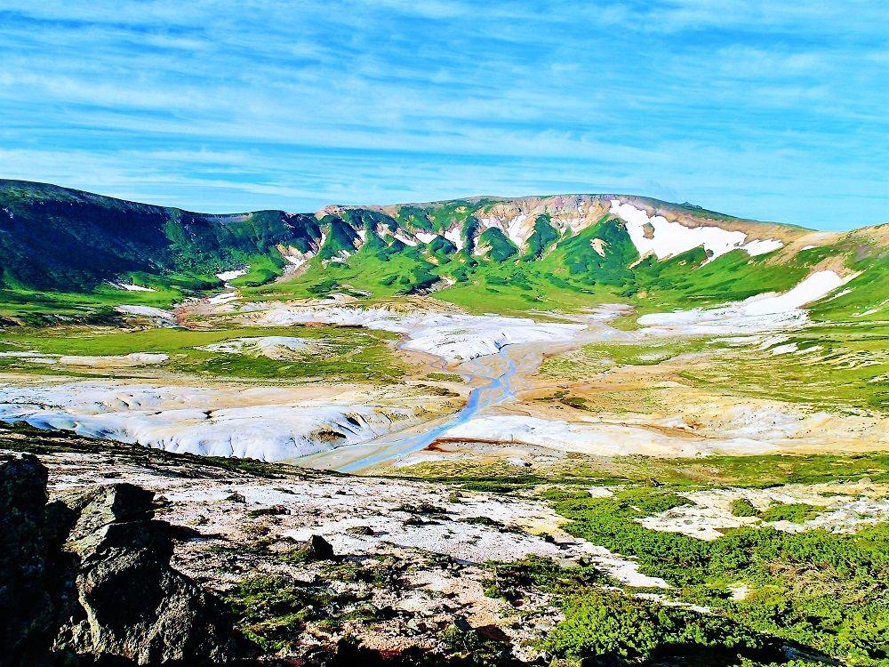 北海道大雪山「お鉢平展望台」は登山初心者も挑戦可能な絶景スポット