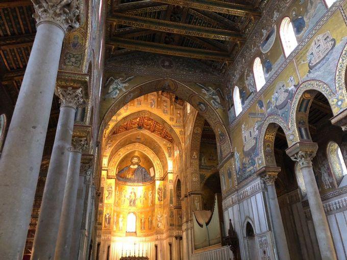 金箔のモザイク画は必見!モンレアーレ大聖堂・ドゥオーモ