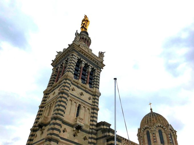 必見!ノートルダム・ド・ラ・ギャルド・バジリカ聖堂