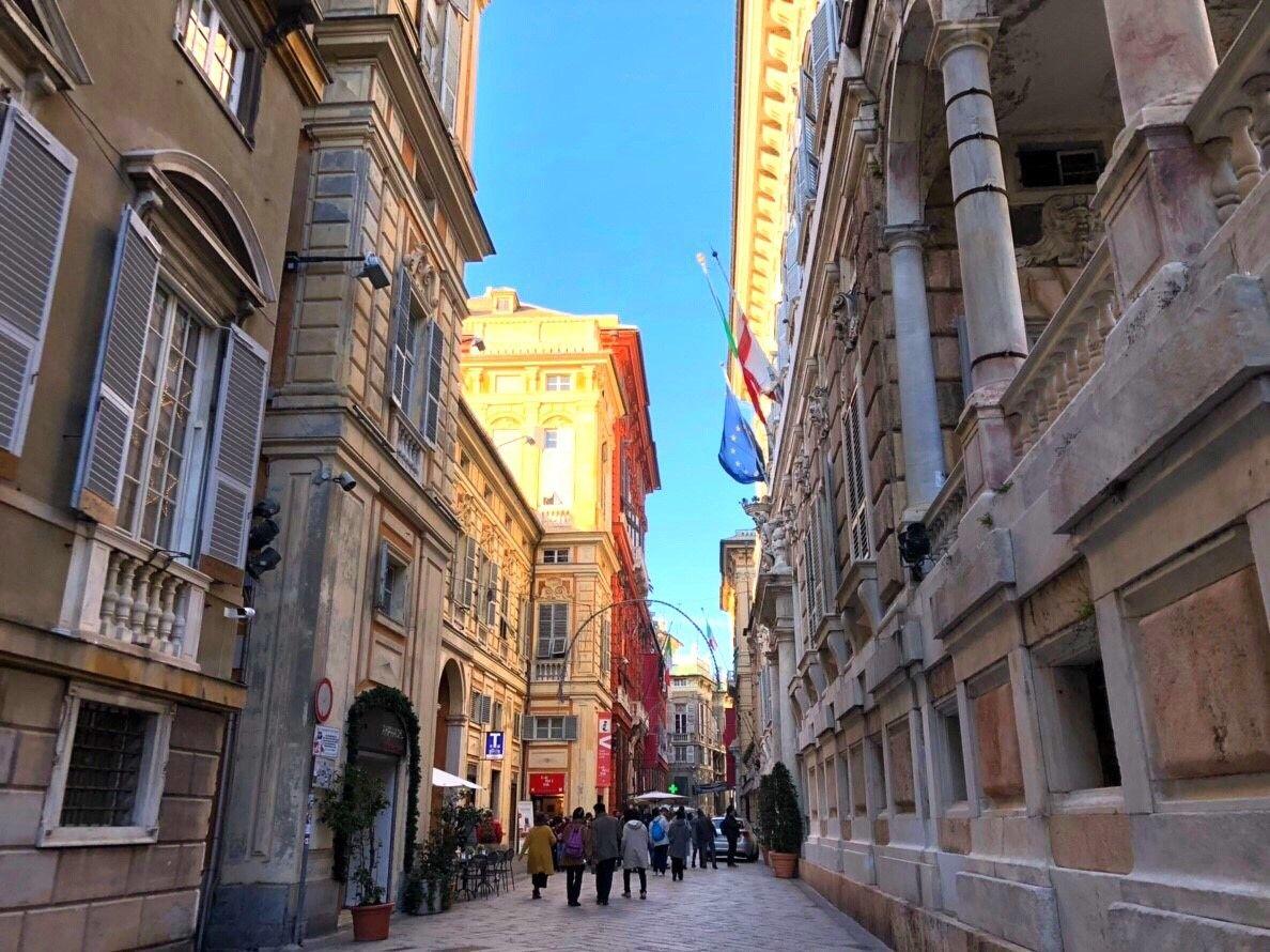 イタリア最大の港湾都市ジェノヴァを1時間でサクっと街歩き!