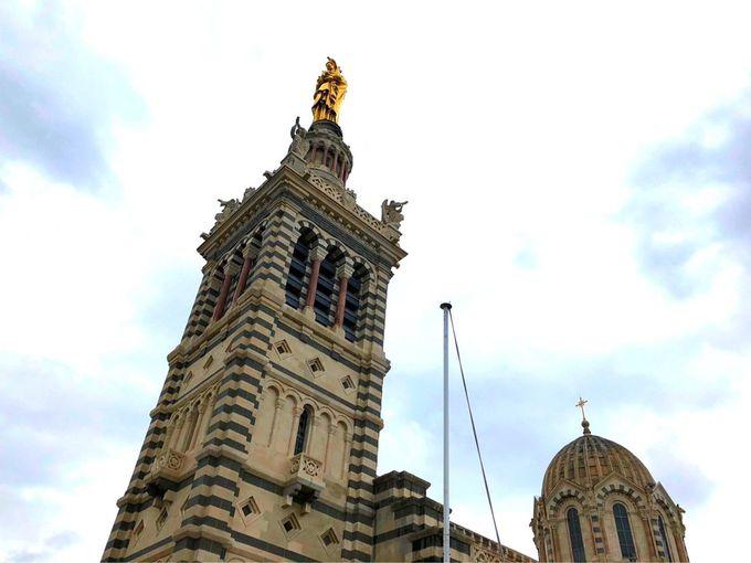 必ず訪れたいノートルダム・ド・ラ・ギャルド・バジリカ聖堂