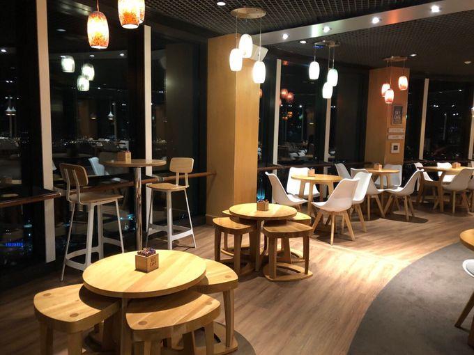 夜景を見るならスカイ・カフェがオススメ!