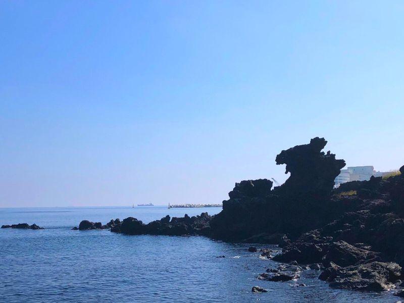 初めてのチェジュ観光で絶対に行くべき奇跡の岩「龍頭岩」