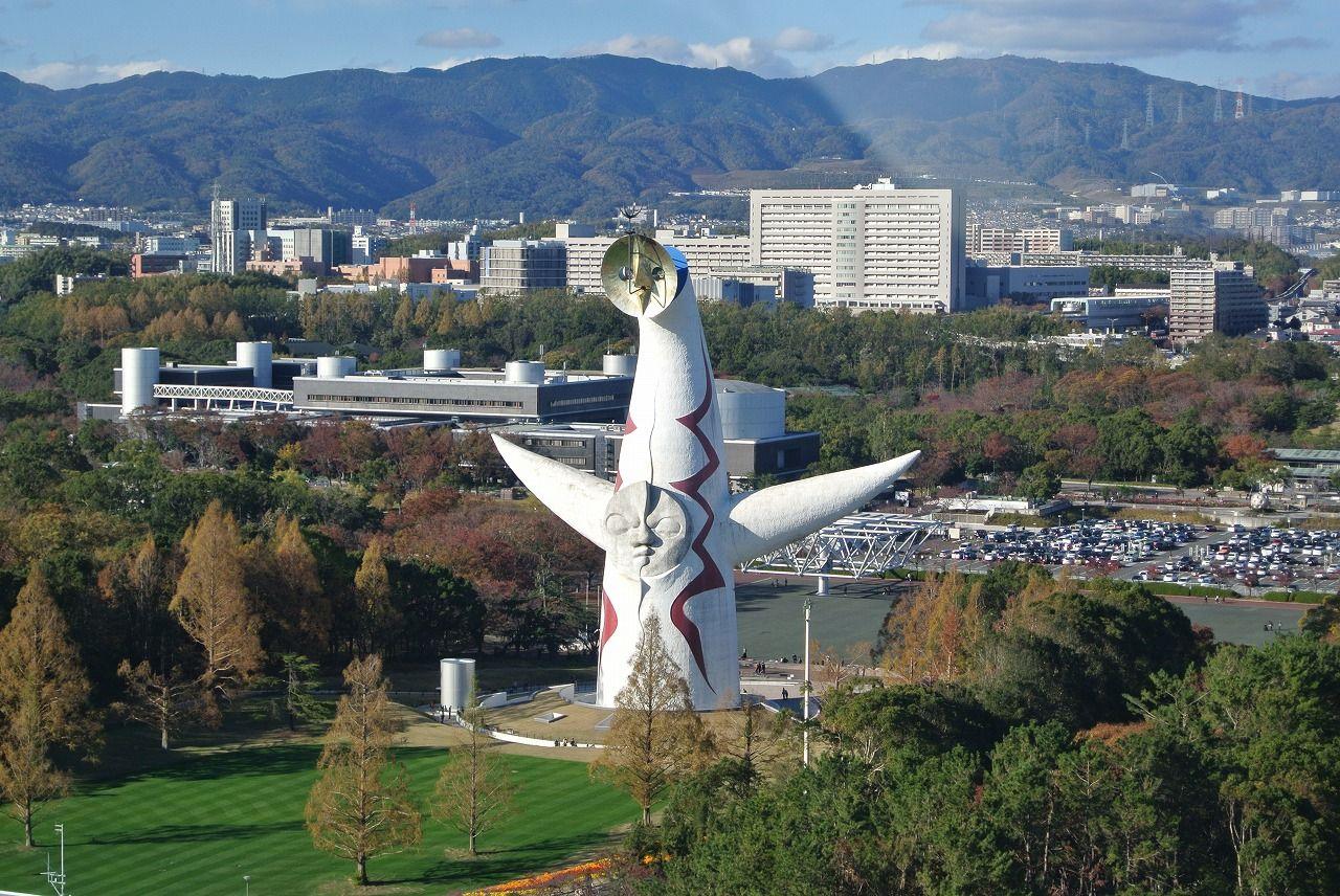 日本一高い観覧車で上空123mから大阪を一望