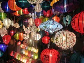 月イチ開催!ベトナム・ホイアンの「ランタン祭り」
