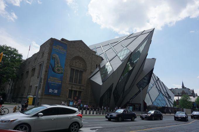 ミュージアム駅で歴史に触れる