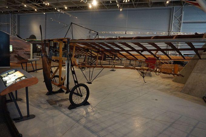 「カナダ航空&宇宙博物館」では多くの大きな機体に圧倒