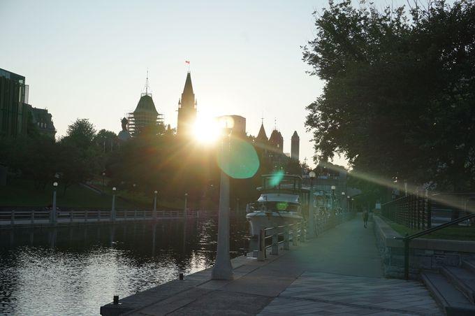 オタワの要・世界遺産「リドー運河」