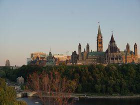 カナダ・オタワで歴史を感じる街歩きを!写真に収めたいスポット5選