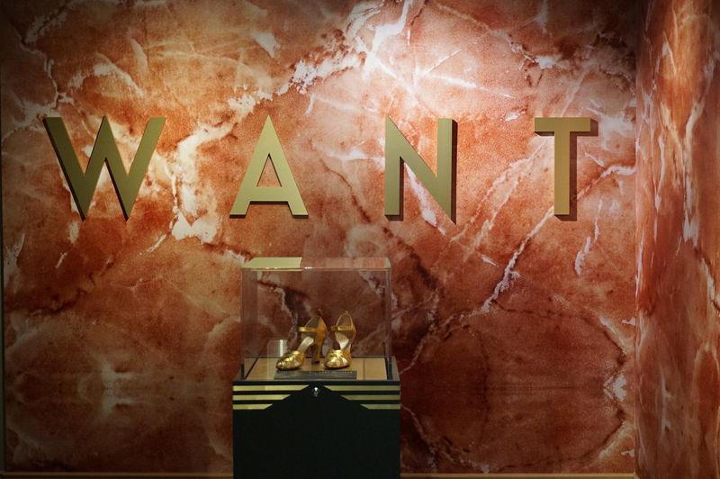 カナダのユニークな博物館「バータ靴博物館」で靴とアートに触れよう
