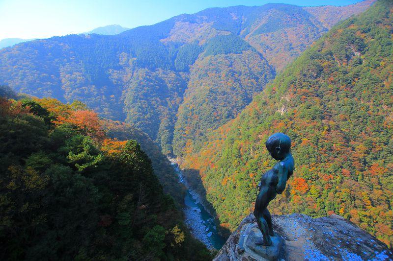 剣山や祖谷渓!徳島の秘境を満喫!1泊2日モデルコース