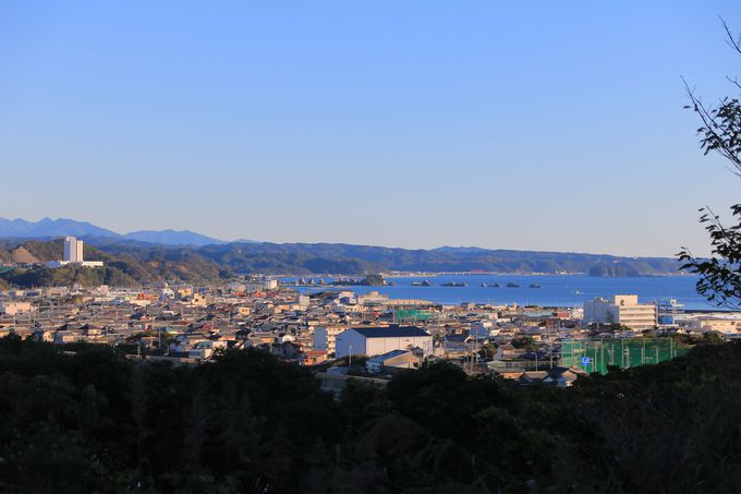 地形美と太平洋を望む道「潮岬周遊道路」