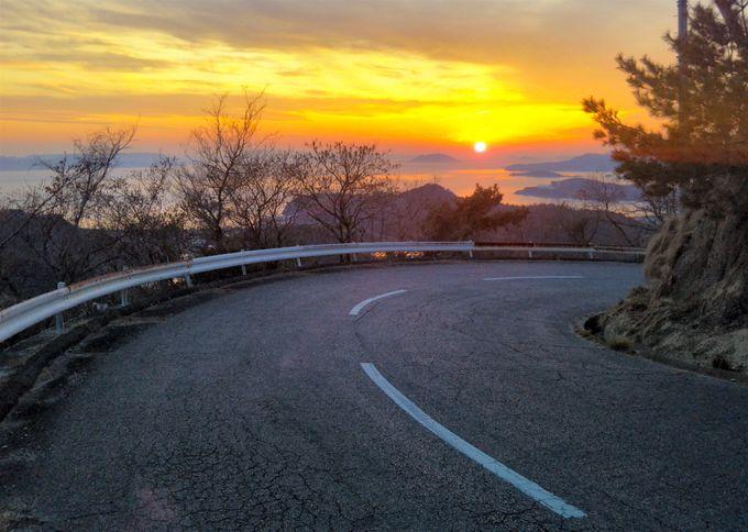 もう一つの寒霞渓へと登る「西寒霞渓道路」は夕陽の絶景スポット!