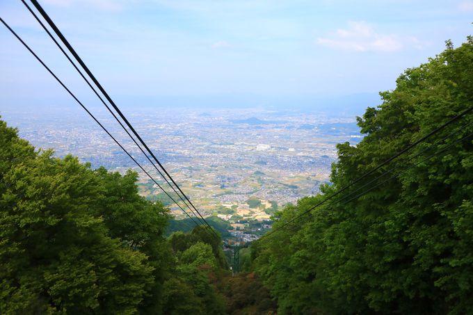 ツツジ以外にも!葛城登山口の新緑や山頂のパノラマ!