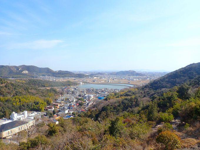 播磨アルプス稜線へのアプローチ「百間岩」がアスレチック!