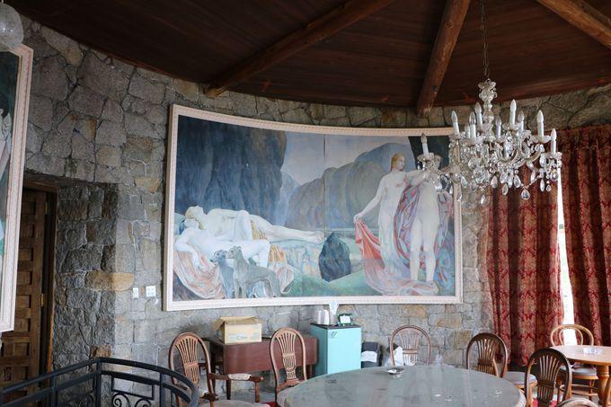 廃墟マニアに知られる「石の館」!360度のパノラマ展望台