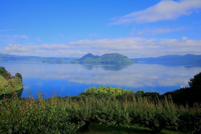 洞爺湖の自然に囲まれて癒しのキャンプと水鏡めぐり