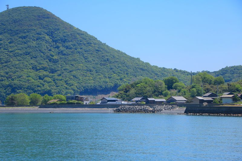 島の素朴な歴史・自然が残る神浦地区