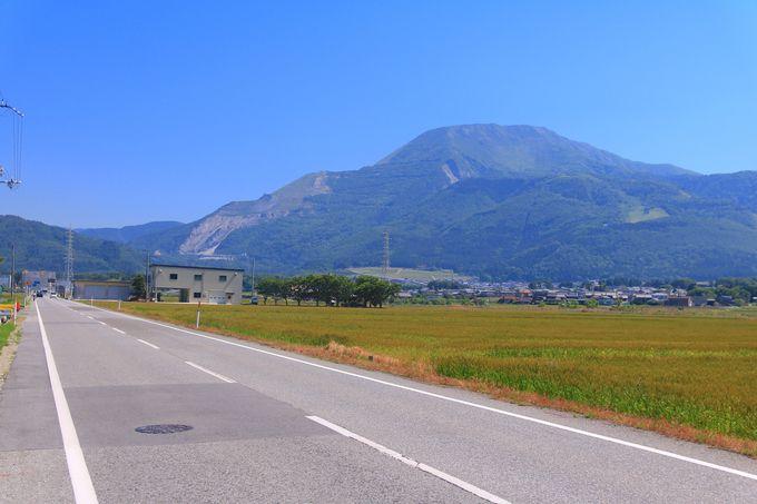 威風堂々たる山容!関西が誇る日本百名山の一つ「伊吹山」