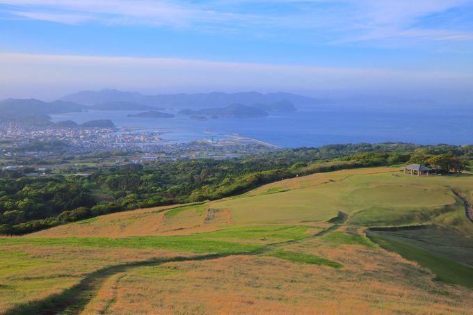 夕風になびく草原!感動的で美しい「鬼岳」からの絶景