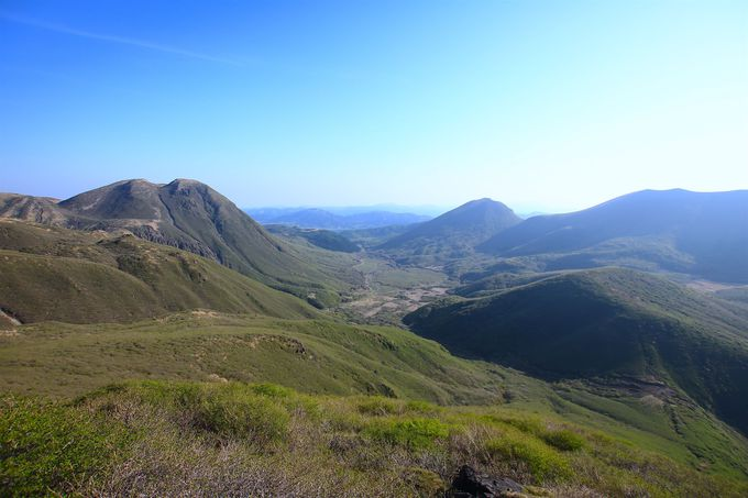 2日目に主峰へアタック!久住山・中岳を繋ぐ壮大な山岳世界