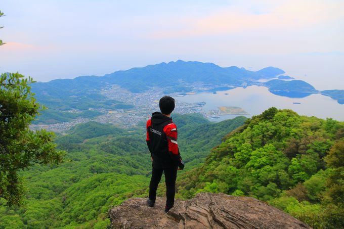 「一枚岩」から見る小豆島!引き込まれる圧巻のパノラマ