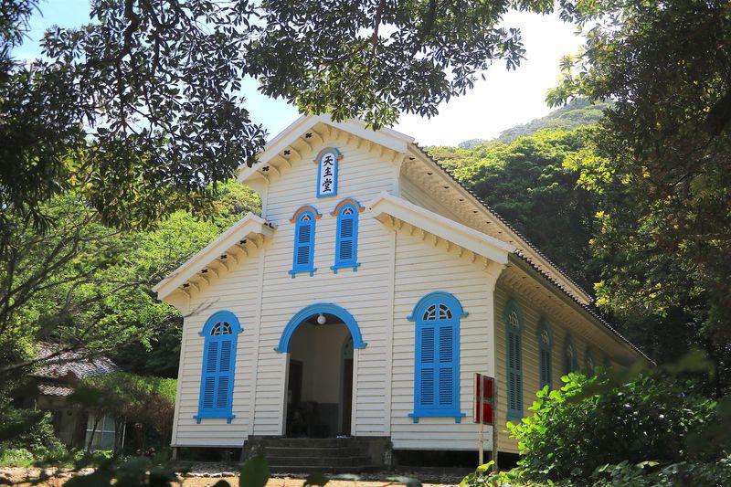 壮麗な教会から奇跡の海まで!五島列島のフォトスポット9選