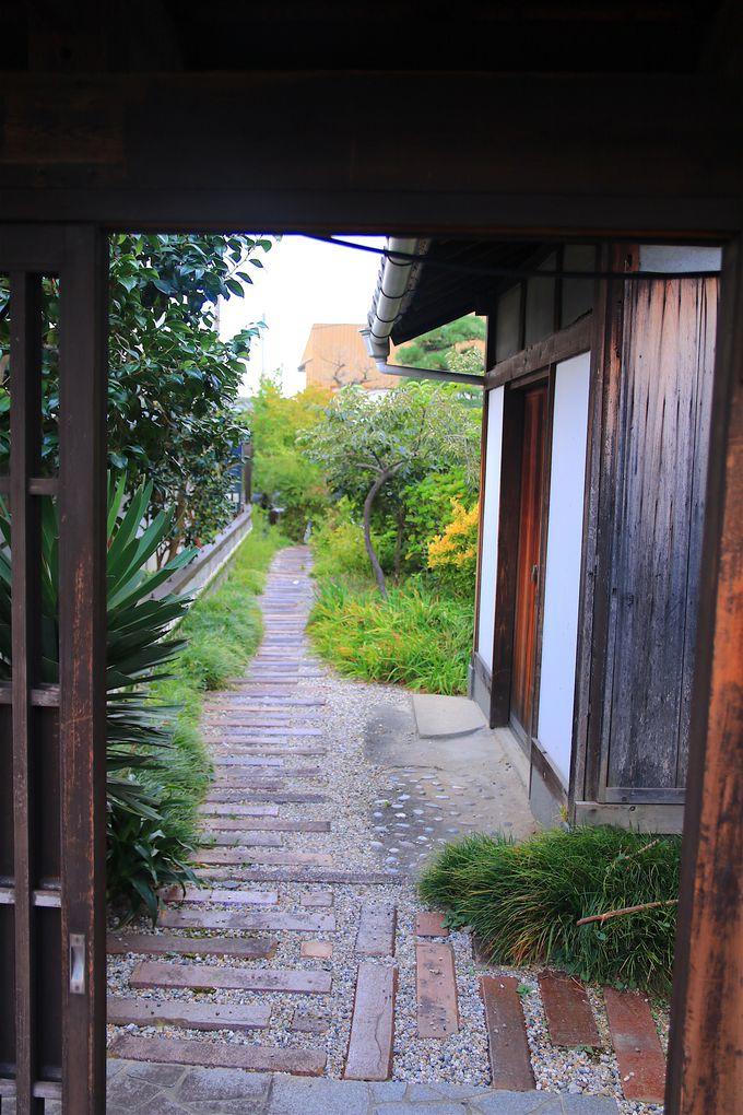 奥行きのある外観が見応え抜群!古き良き日本家屋に出会う