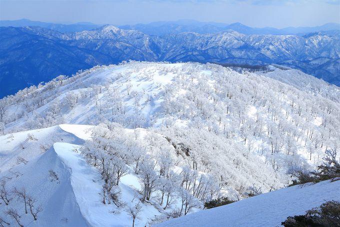 三方を囲む両白山地!四季折々の風景が素晴らしい