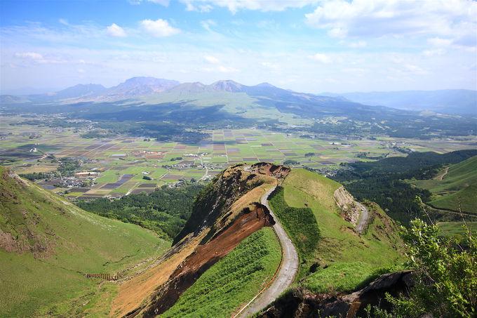 外輪山の絶景ロード!阿蘇を代表する「ミルクロード」