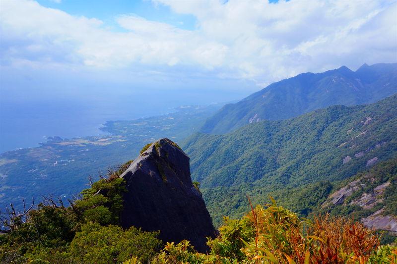 山頂の大パノラマ!知られざる屋久島の名山「モッチョム岳」
