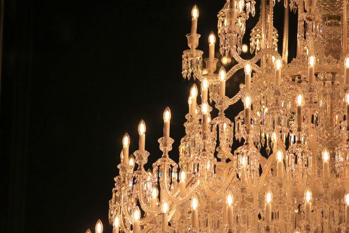 世界最大級のシャンデリアが2019年も!シャンパンゴールドの灯火
