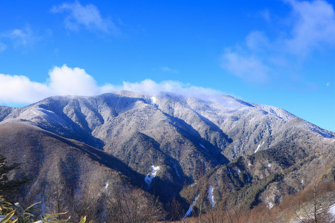 富士見台高原ロープウェイで標高1400mへ!目の前には純白の恵那山