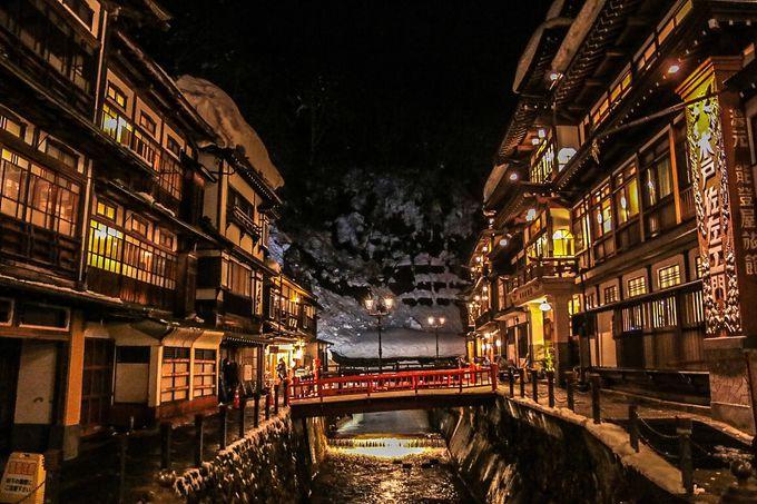 夜の「銀山温泉」おすすめのフォトスポット3選