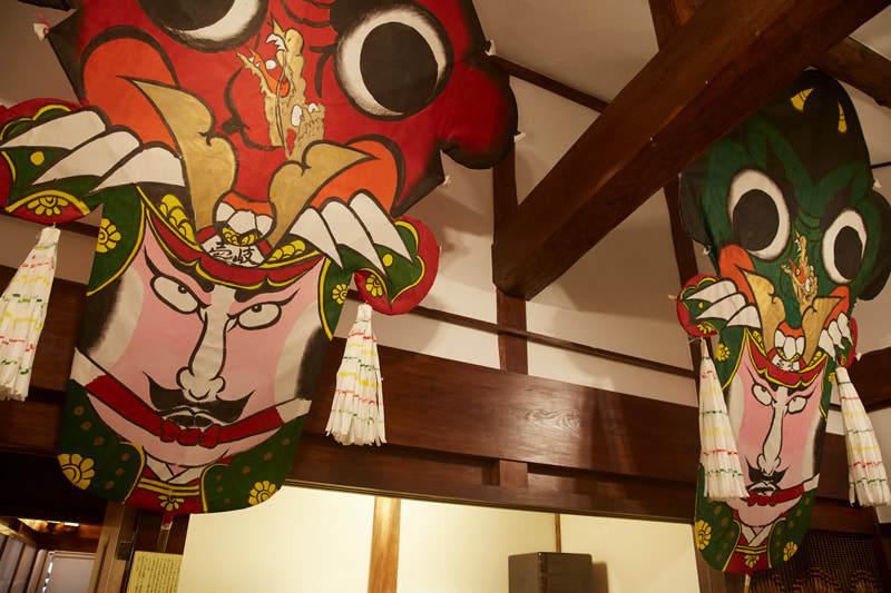 折り鶴の玄関がフォトジェニック!和テイストを凝らした宿が楽しい