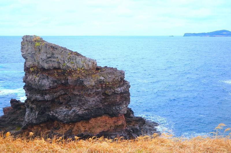 微笑むゴリラ岩も!国境の島「壱岐」の奇岩奇勝が面白すぎる