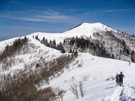 関西屈指の雪稜&琵琶湖の絶景!滋賀「武奈ヶ岳」雪山登山