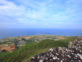 沖縄で一番高いグスクも!?久米島3つの「絶景城巡り」